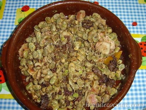 habas-a-la-catalana-520×378.jpg