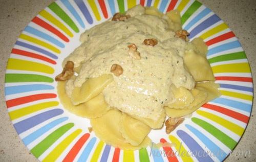 Pasta con salsa de nueces