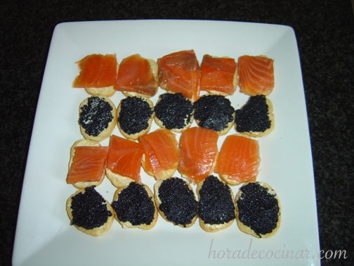 tostadas-salmoncaviar-520×378.jpg