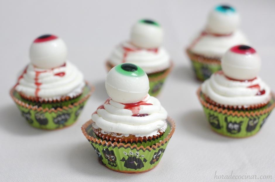 Cupcakes ojos monstruosos de Halloween